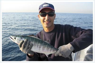 Jose Chinesta con una de sus capturas capturada con pesca jig casting