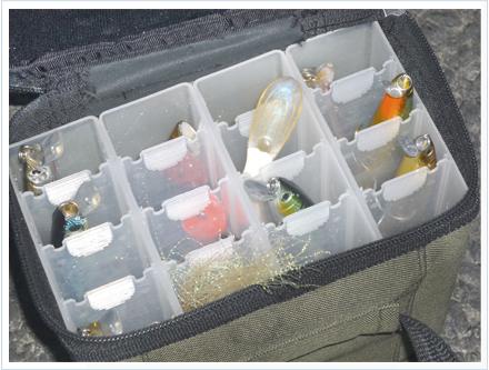 Caja de señuelos ordenados