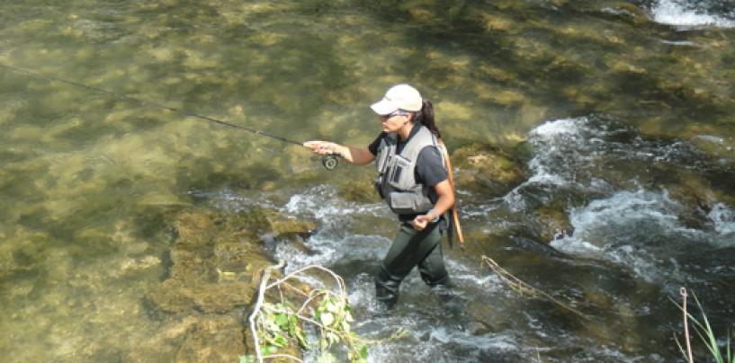 Nociones clave para mejorar tu lance en la pesca a mosca