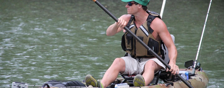 El kayak de pesca Jackson Big Tuna es mucho kayak