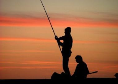 Encuentro Digital sobre la pesca a spinning de depredadores desde costa con Toni Martínez