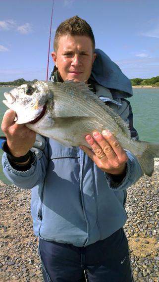 Yeray Vidal es uno de los ganadores de nuestro concurso de fotos de pesca en Facebook.
