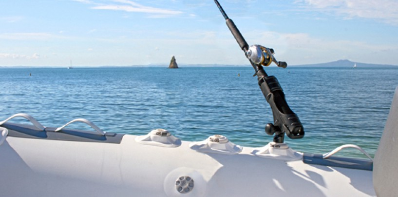 Equipa tu kayak de pesca con accesorios Railblaza