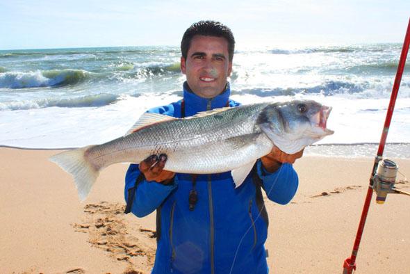 Roque Navarro, ganador del concurso de fotos de pesca