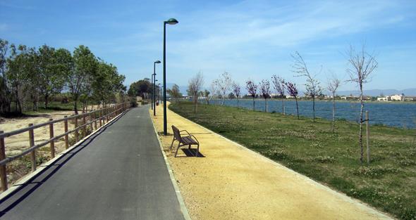 Salir a pescar en bici, una sana alternativa