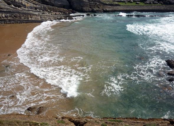 Playa donde practicar la pesca surfcasting