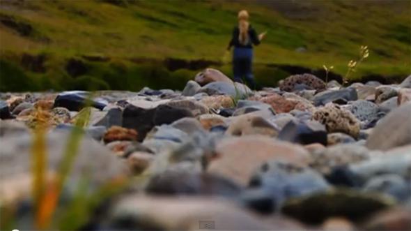 Pesca a mosca en el río Midfjardara, en Islandia.
