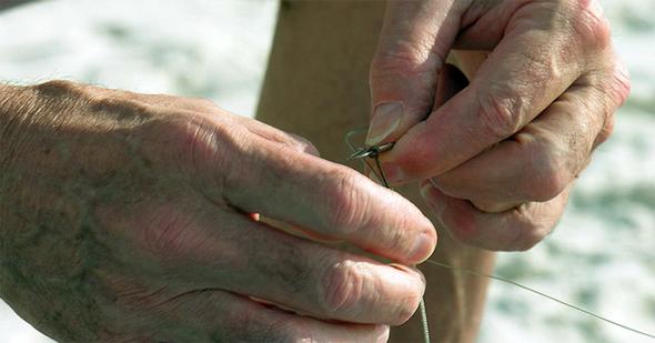Cómo hacer el nudo de anzuelo simple