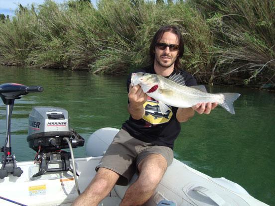 Motor eléctrico para pesca en el mar