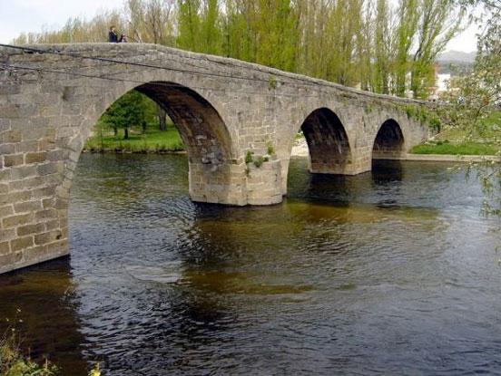 puente-navaluenga
