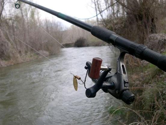 Pesca con cucharilla