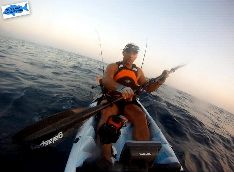 Jaimito-pescando-con-kayak