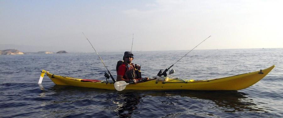 Kayaks de pesca cerrados o de travesía