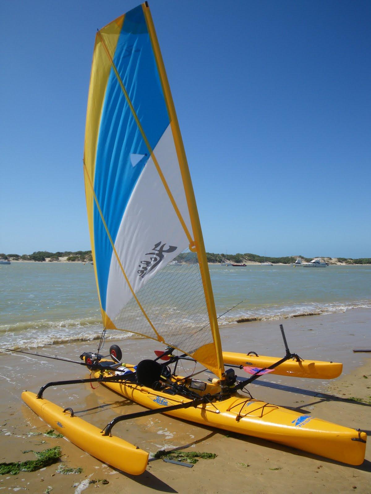 Kayaks de pesca a pedales y vela