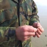 Video de pesca: Montaje de aparejo para la pesca de Lubina a surfcasting