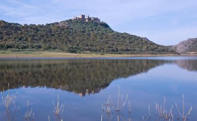 Pesca en el Embalse de la Peña del Águila o Villar del Rey