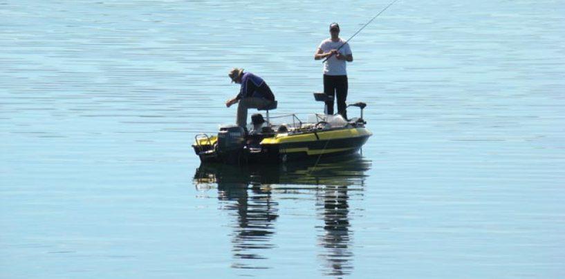 Pesca en embalse ¿embarcado o desde la orilla?