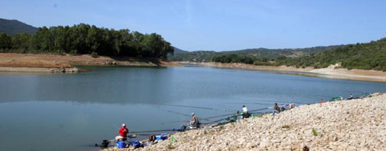 Pesca en el Embalse de los Hurones (Cádiz)