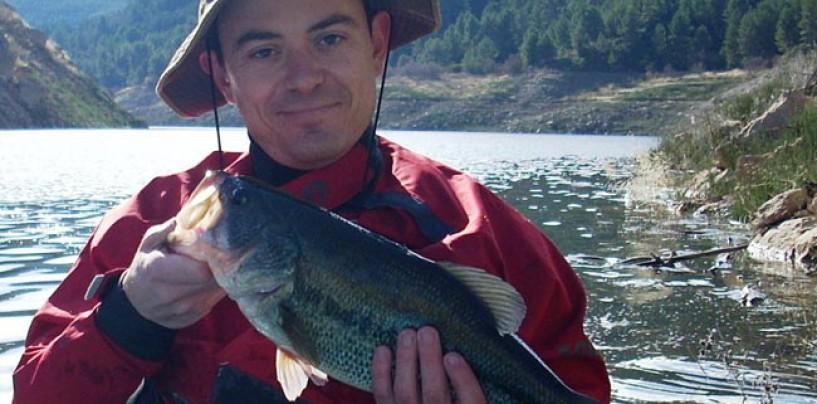 Pescar en el Embalse de Tous:  carpas, lucios y black bass