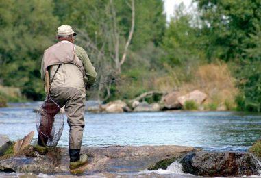 Castilla y León se apunta a los permisos turísticos de pesca: ¿Una buena ida o no tanto?