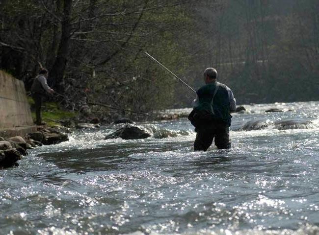 Pesca-rio-caudal