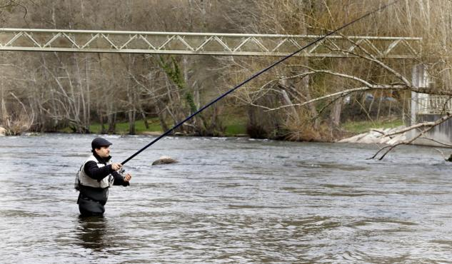 pesca trucha río Neira