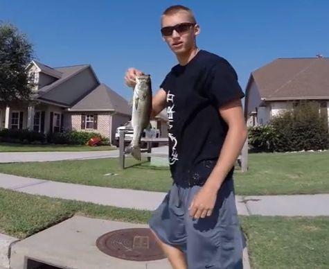 Pescar en alcantarillas, cada loco con su pesca