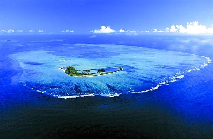 Isla Alphonse y sus arrecifes