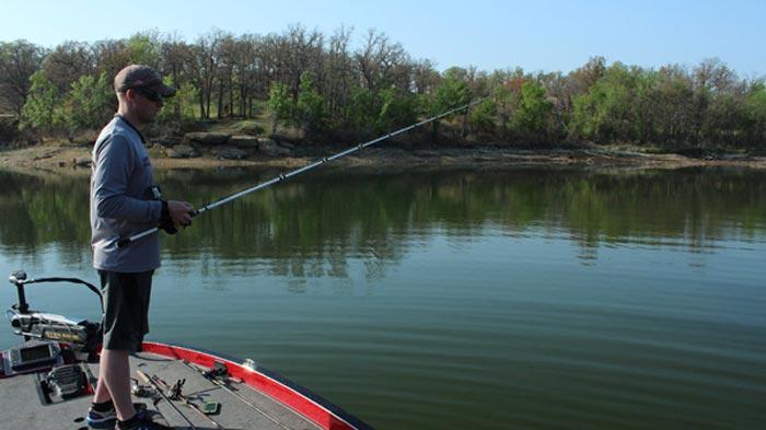 pesca del Black Bass en los días más calurosos
