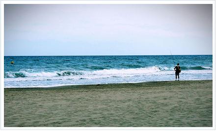 Surfcasting a fondo. Foto de http://www.flickr.com/photos/smb_flickr/2647223226/