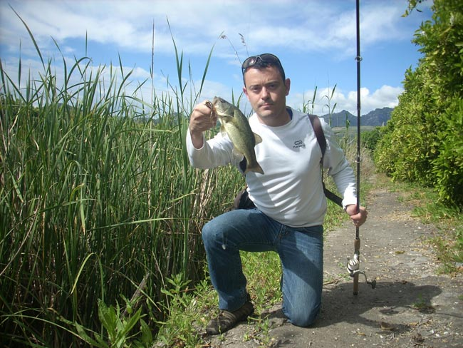 black-bass-lugares-imposibles-2
