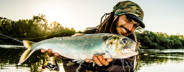 A debate: Pescar en freza o dejar de pescar